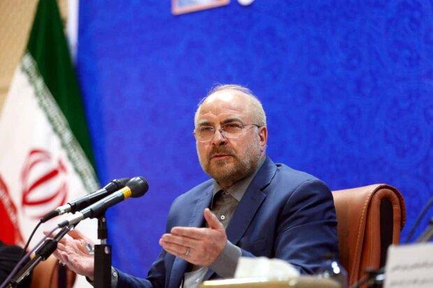 درد خوزستان منابع مالی نیست/ به بروکراسی بی در و پیکر غلبه کنیم
