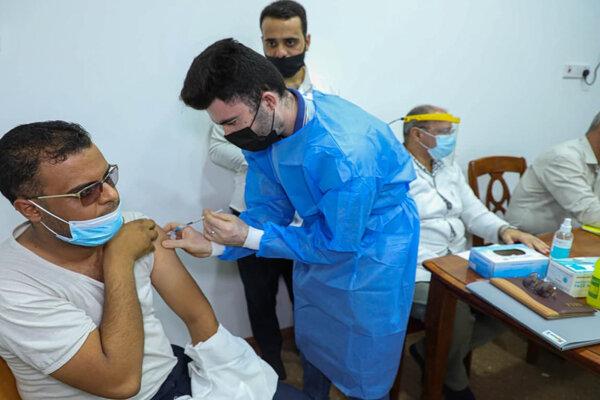 تزریق ۵۸۵ هزار دوز واکسن کرونا در ۲۴ ساعت