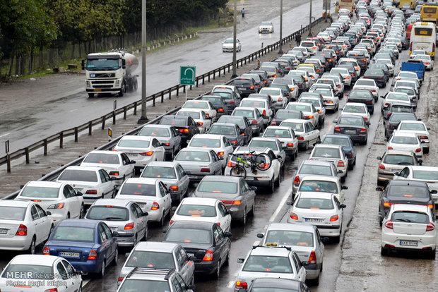 جاده چالوس به روی مسافران بسته شد/ ترافیک سنگین در محور هراز