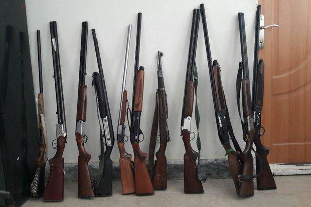 کشف۵۰ قبضه سلاح شکاری و جنگی در مرزهای استان آذربایجان غربی