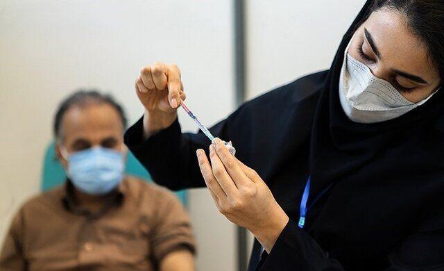 واکسینه شدن ۴۲.۵ درصد از جمعیت بالای ۱۸ سال علیه کرونا