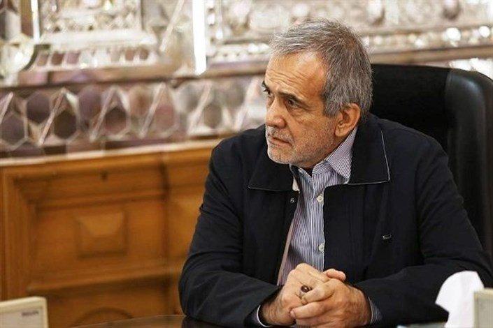 پزشکیان: مشکل اصلی تبریز نظر دادن افراد غیرمتخصص است