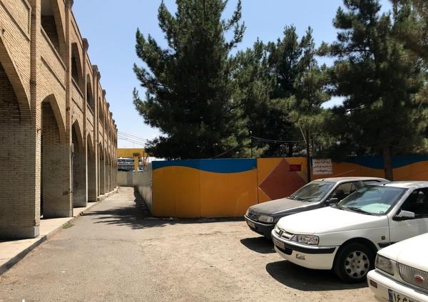 ضرر و زیان 7 ساله کاسبان بازارچه امیرکبیر تبریز / دلیل خسارت ؛ تمام نشدن پروژه متروی شهر است