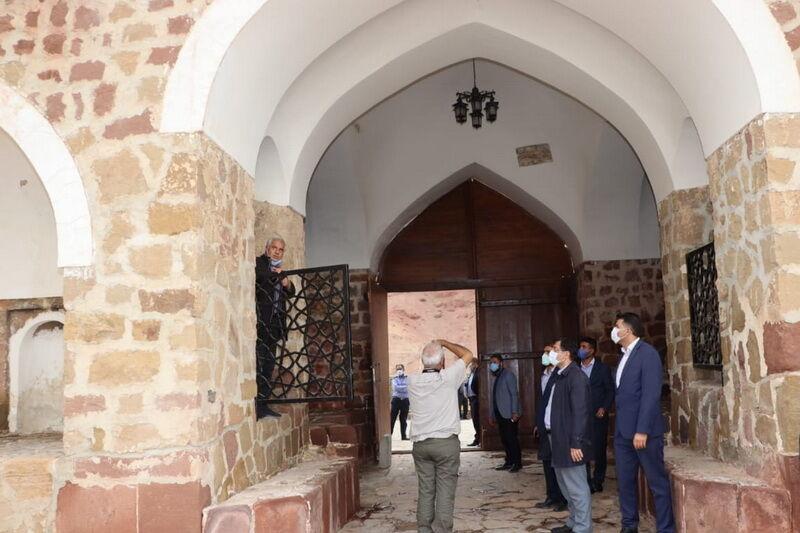 ارزیابان یونسکو چهار کاروانسرای آذربایجانشرقی را بررسی کردند