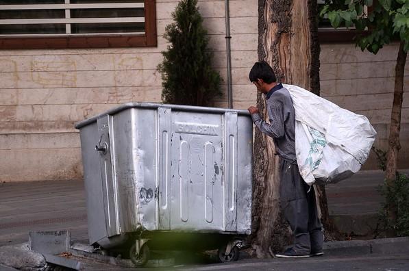 زخم زبالهگردی بر تن شهر/ برای مدیریت پسماندها چه باید کرد؟