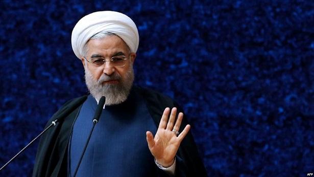 روحانی: تفکیک وزارتخانههای راه و شهرسازی و صمت در شرایط تحریم ضروری بود