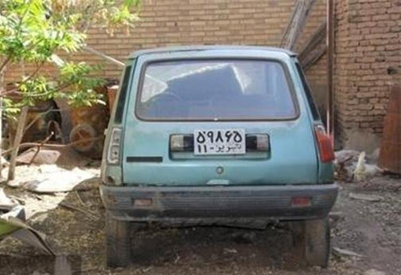 خودروی منتسب به استاد شهریار در دست تعمیر است