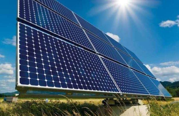 یک سوم ایران ظرفیت نصب پنل خورشیدی دارد/ امکان صادرات برق خورشیدی