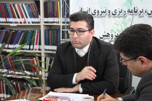 اعزام سفیران پژوهش با رویکرد دانش آموزی به مدارس استان