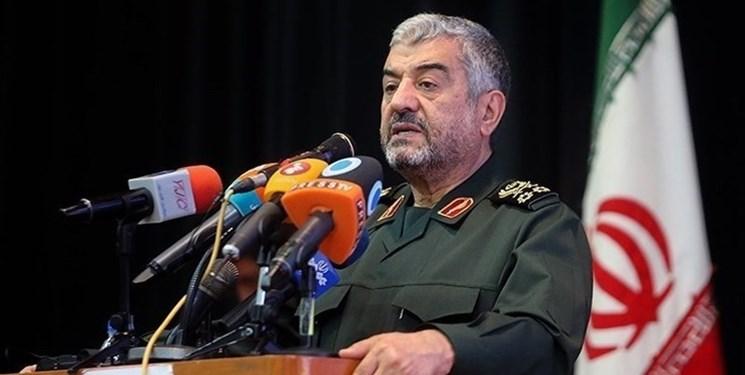 از موشکهای نقطهزن ایران بترسید