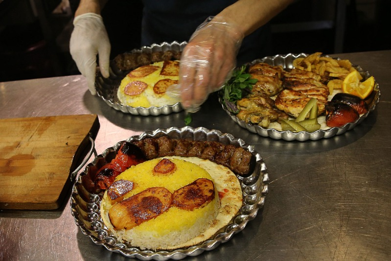 گزارش تعزیرات از گوشت های یخی در رستوران لوکس