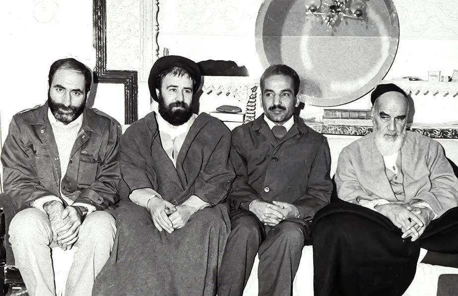 دعوای آرمین با اکبر گنجی بر سر مقالات عالیجناب سرخپوش