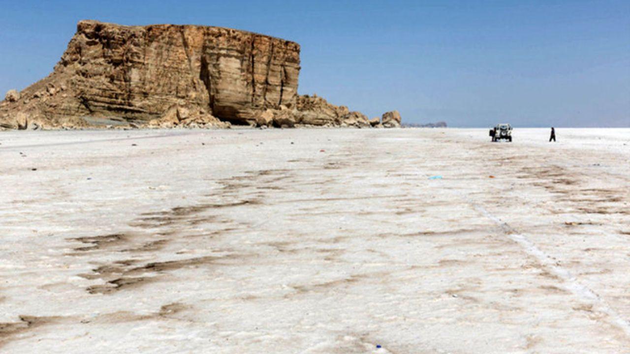 وضعیت دریاچه ارومیه عرصه آزمون و خطا نیست