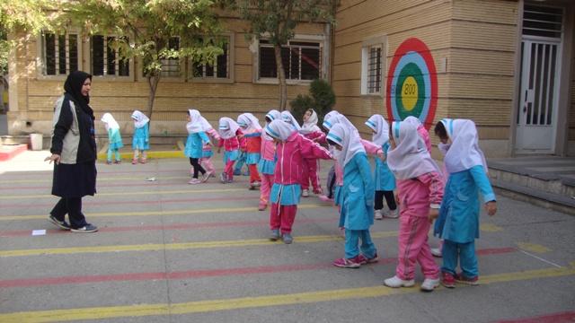 29 دانش آموز دوره ابتدایی در آذربایجان شرقی به دلیل ازدواج از تحصیل بازماندند