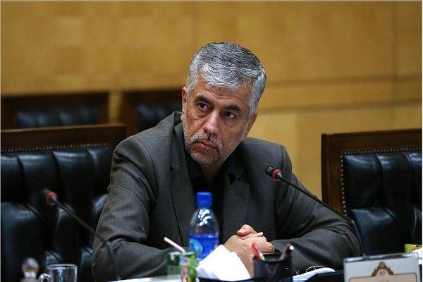 شهرداری تبریز در برخی موارد، توان پرداخت حقوق کارکنان را ندارد