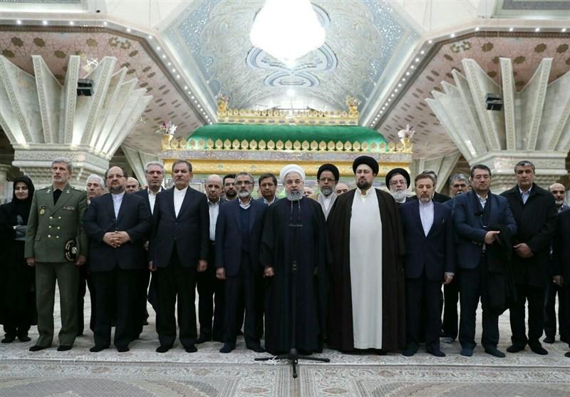 با امام پیمان میبندیم وفادار به سرزمین ایران و منافع ملی باشیم