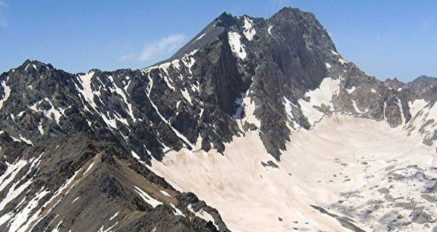 ارتفاع یخچالهای علمکوه سالی ۲۳ سانتیمتر کمتر میشود