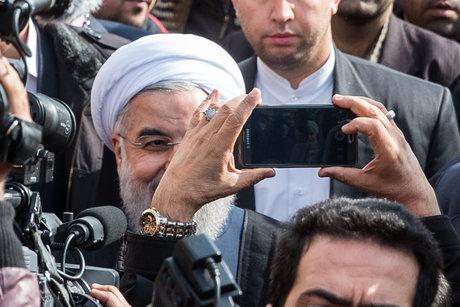 رئیس جمهوری به راهپیمایان تهرانی پیوست