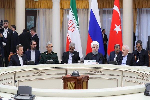 نشست سه جانبه رؤسای جمهور ایران، روسیه و ترکیه در شهر سوچی آغاز شد