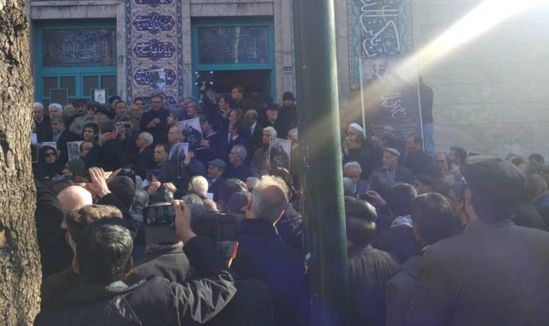 از ورود پیکر پوران شریعتی به حسینیه ارشاد ممانعت شد