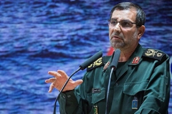 کشتیهای چینی باید آبهای ایران را ترک کنند