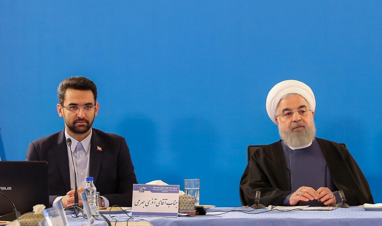 روحانی: وزیر جوان با قدرت پیش میرود
