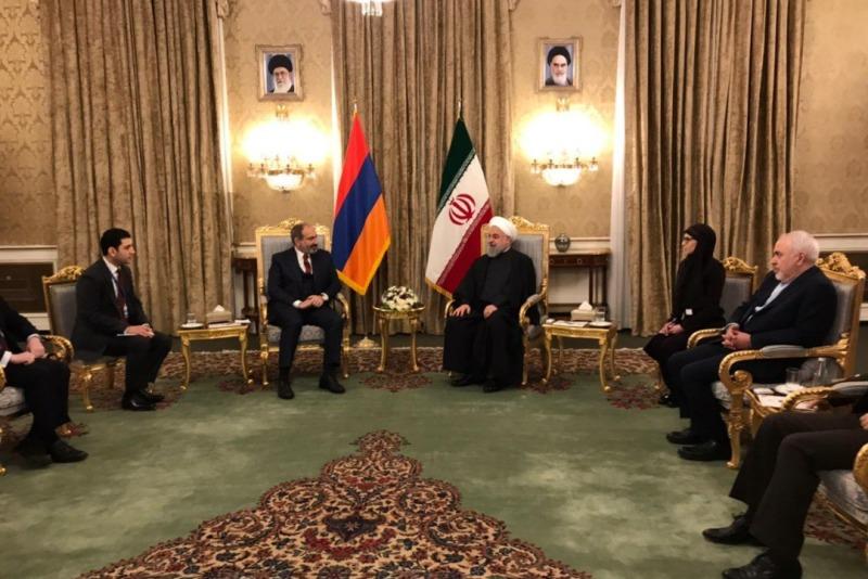 استقبال رسمی رییس جمهوری ایران از نخست وزیر ارمنستان