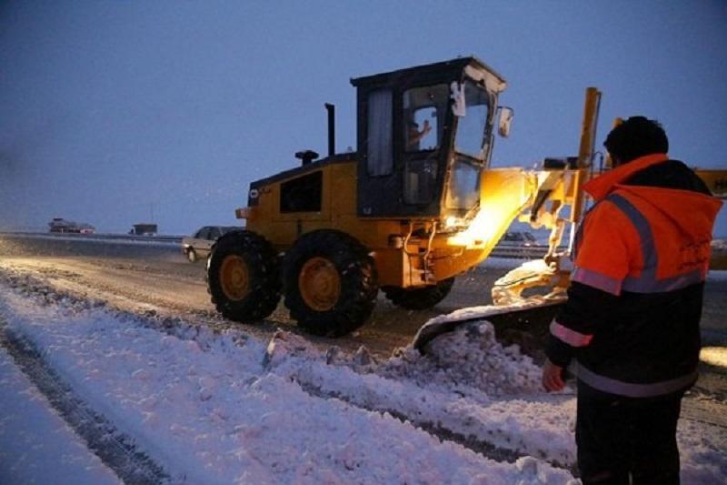 ناجیان گمنام جاده ها در روزهای برفی و کولاکی