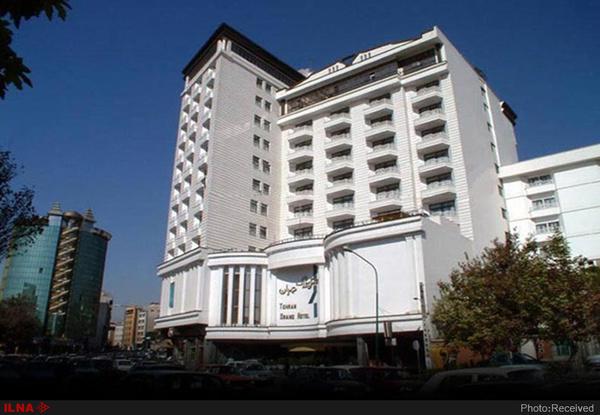 80 درصد هتلهای مشهد رزرو شده است/ امسال، مردم به جای عتبات به مشهد سفر میکنند/ قیمتها را افزایش ندادهایم
