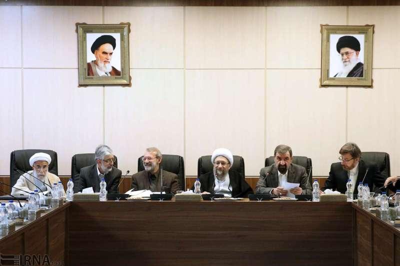 مجمع تشخیص دو مورد از موارد ارجاعی بودجه 98 را تایید کرد