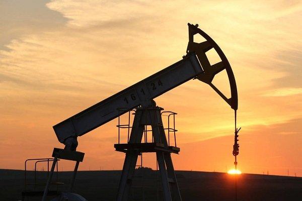 کاهش قیمت نفت با تحریم ایران ممکن نیست