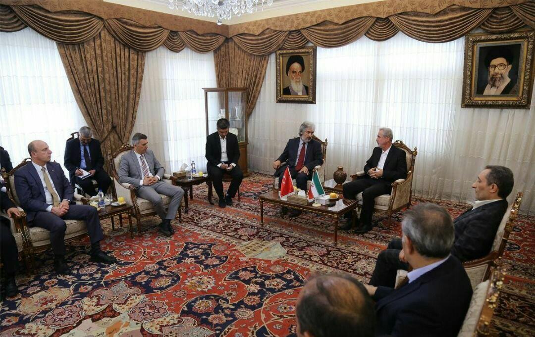 دانشگاههای ایران و ترکیه نقش پیشرو در توسعه روابط دوجانبه داشته باشند