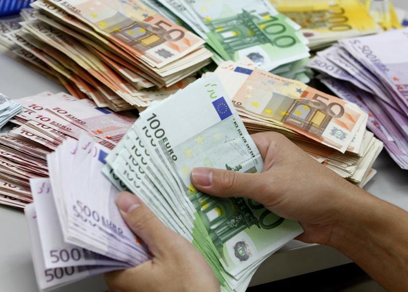 عرضه یک میلیارد و 840میلیون یورو در نیما برای تامین کالاهای وارداتی
