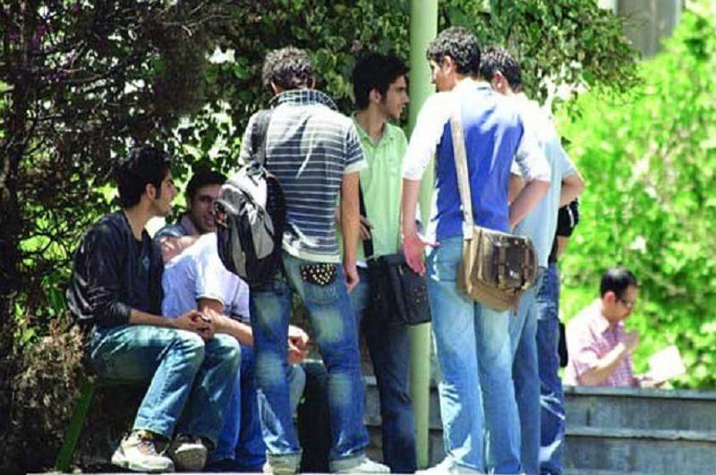 فارغ التحصیلان دانشگاه و معضل سبقت گرفتن عرضه از تقاضا