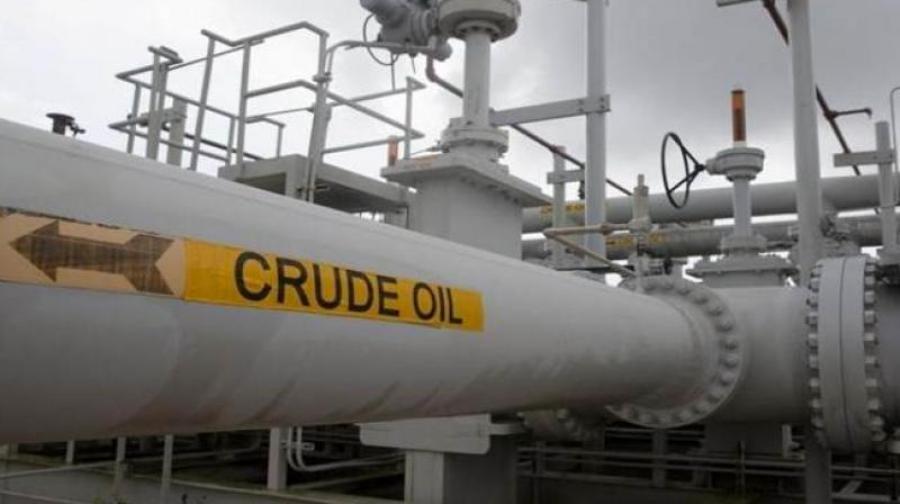لغو معافیت خرید نفت ایران به اقتصاد هند ضربه ای سخت می زند