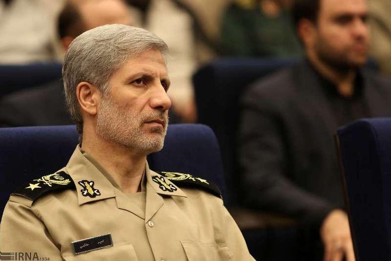 وزیر دفاع: تحریم فروش نفت ایران شکست می خورد