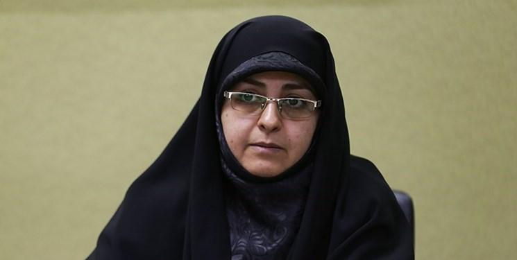 مسأله حجاب بیش از ما برای دشمن مهم است