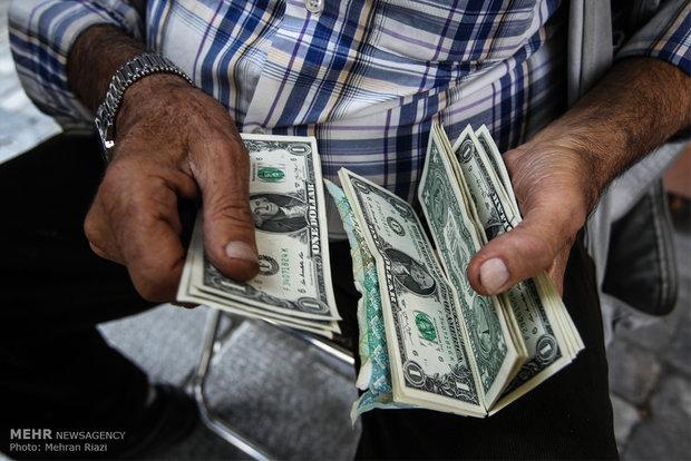 قیمت دلار به ۱۳۴۰۰ تومان رسید