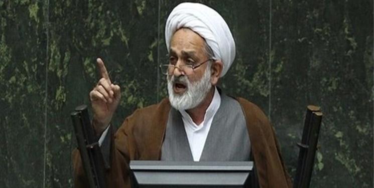 سالک: دستور کار مجلس بر مبنای مشکلات معیشتی مردم تنظیم شود