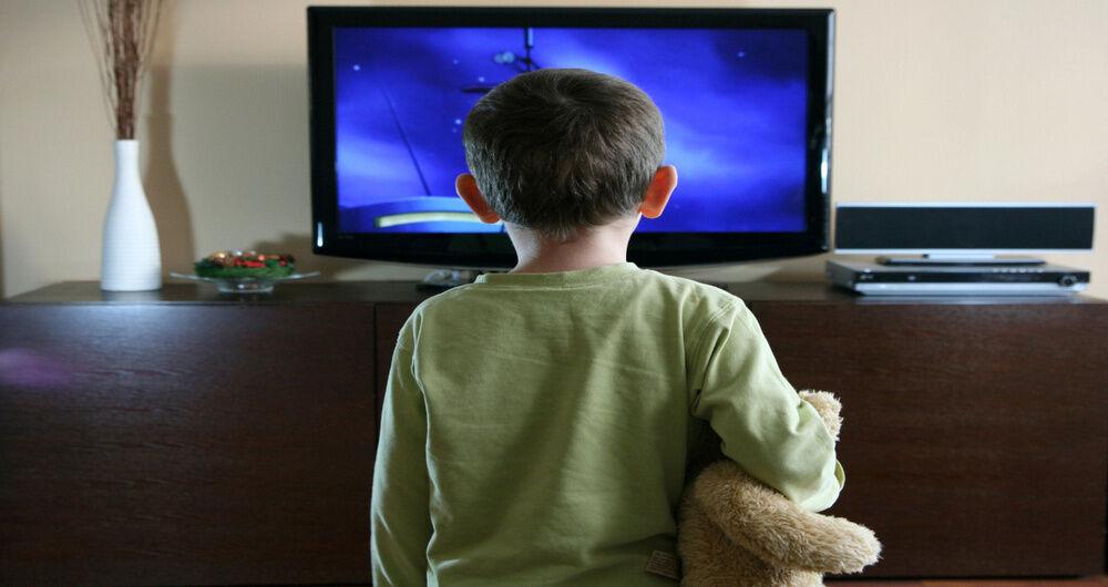 تلویزیون ویژه ناشنوایان نیازمند کارشناس حرفهای