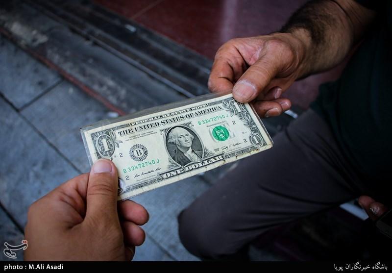 یک نماینده مجلس: روند کاهشی قیمت ارز ادامه مییابد