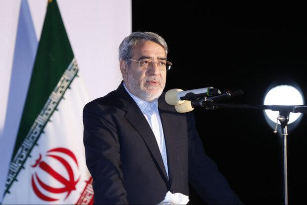 وزیر کشور: توافقات اولیه برای بازگشایی مرز خسروی انجام شده است