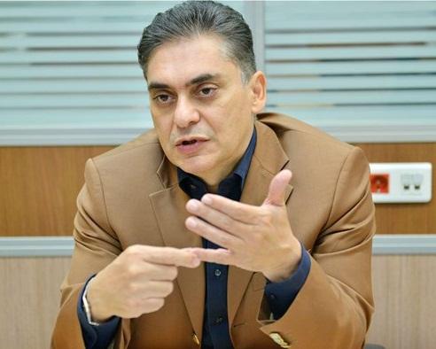 عضو اتاق بازرگانی ایران:  برخی به دنبال رودرو قراردادن صادرکنندگان با دولت هستند