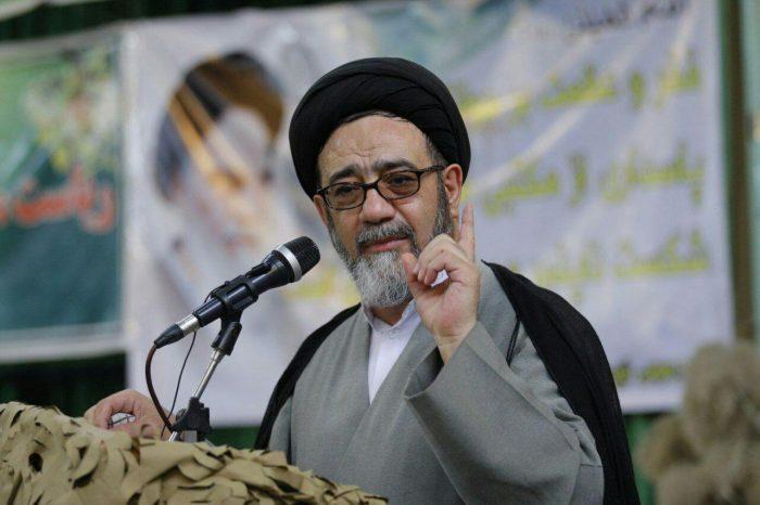 امام جمعه تبریز: بسیج، تنها نیروی موثر در فضای مجازی