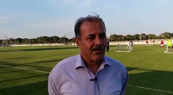 شیخ لاری: هواداران به بیرانوند سخت نگیرند