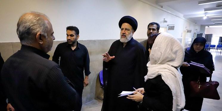 بازدید سرزده رئیسی از مجتمع قضایی شهید مطهری