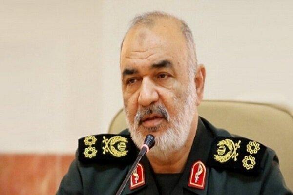 فرمانده کل سپاه پاسداران: سپاه فراتر از خط کشی قومی و مذهبی عمل کرده است