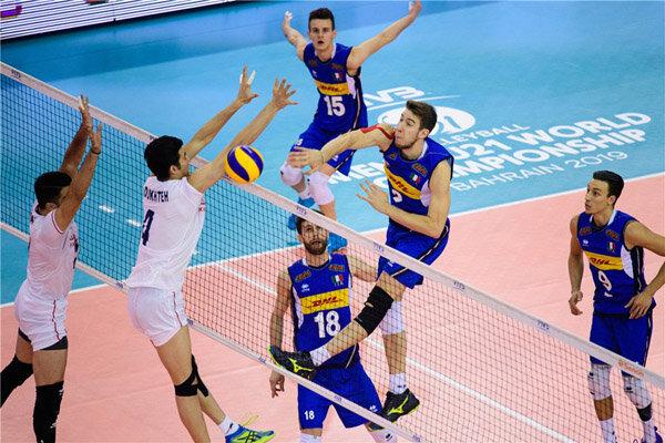 پیروزی آسان والیبال ایران در آغاز مسابقات قهرمانی آسیا