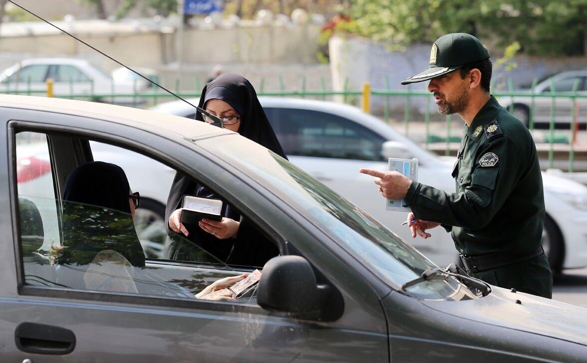 سرنوشت پیامکهای اشتباه کشف حجاب چه میشود؟