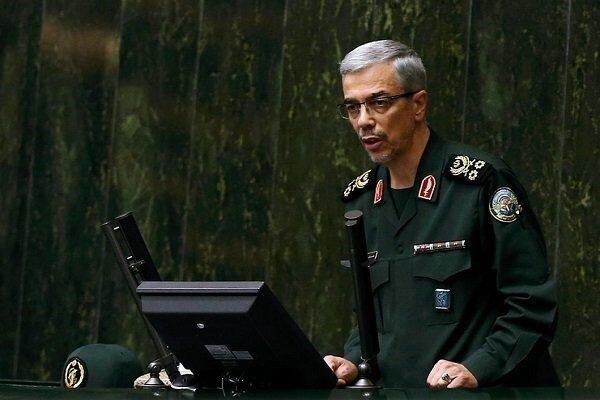 سرلشکر باقری در صحن مجلس: نتیجه تجاوز به ایران انهدام و اسارت است